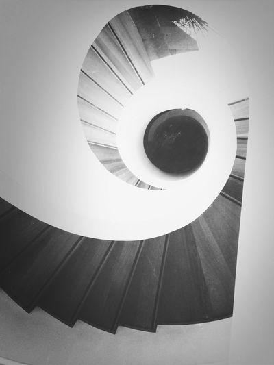 Taking Photos Arquitecture Blackandwhite Minimalism