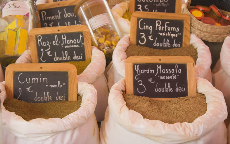 exotic spices for sale - on a french market Choice Cooking Cumin Dried Exotic Flavor Food For Sale France French French Food Garam Masala Handwriting  Healthy Eating Market Market Stall Mediterranean  No People Oriental Price Tag Retail  Sack Small Business Spices Variation
