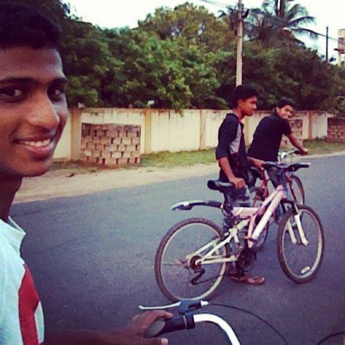 EarlyMorning Rideing Bicycle With frndsselfeeinstafun