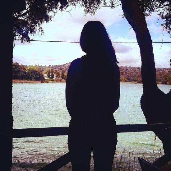 La vida tiene sus momentos bonitos: mientras le das la espalda, te abraza y te canta una canción cerca del oído... Lagunasderuidera Parquenatural Sinfiltros Spam spamme spammers likes