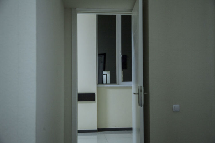 Hospital Recursion Architecture Clinic Day Door Indoors  Night No People