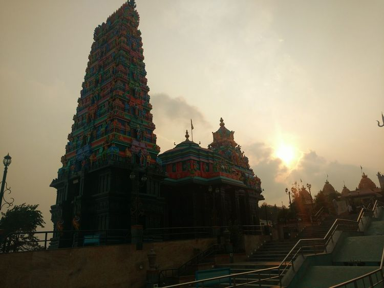 Motoxplay Light And Shadow Temple Sunset History Ancient India Travel Peace And Quiet Archival Sky And Clouds Templesofindia Cultures Low Angle View Architecture Travel Destinations Tranquility Miles Away