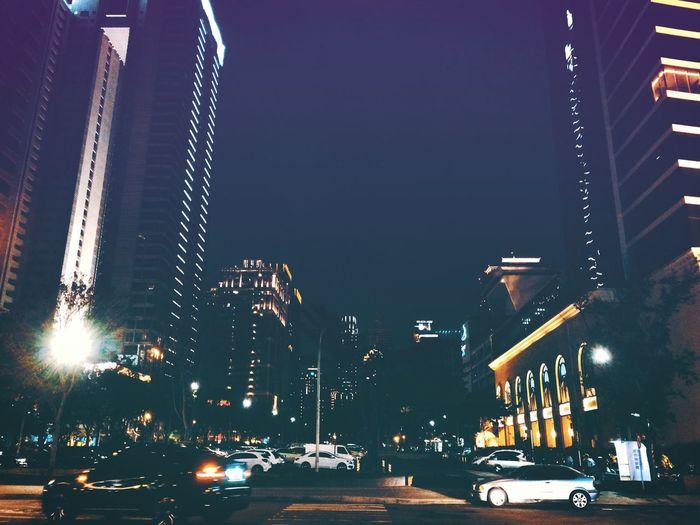 流水不腐 Checking Out Goodday Good Times Happy Night Nightphotography City Enjoying Life Relaxing Taiwan EyeEm Taiwan Nightlife Night Photography Night Lights Traveling Travel Feeling Good