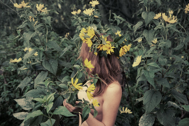 Acid Rain Garland Yellow Flowers Green Leaves Bushes Nature Brunette Girl  Toplesswoman Nüde Art. Naked_art Body & Fitness Temptation Springtime Linas Was Here