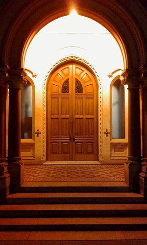 Old Door Doorways Old Doors Doorway Doorporn Architecture Night Photography Buildings Oldbuildings Nightphotography Old Buildings Taking Photos Taking Pictures Awesome Arched Doorways Buildings And Light Façade Design And Detail Arches And Doors Arched Doorway Arched Doors Arches Golden Arches Goldenarches