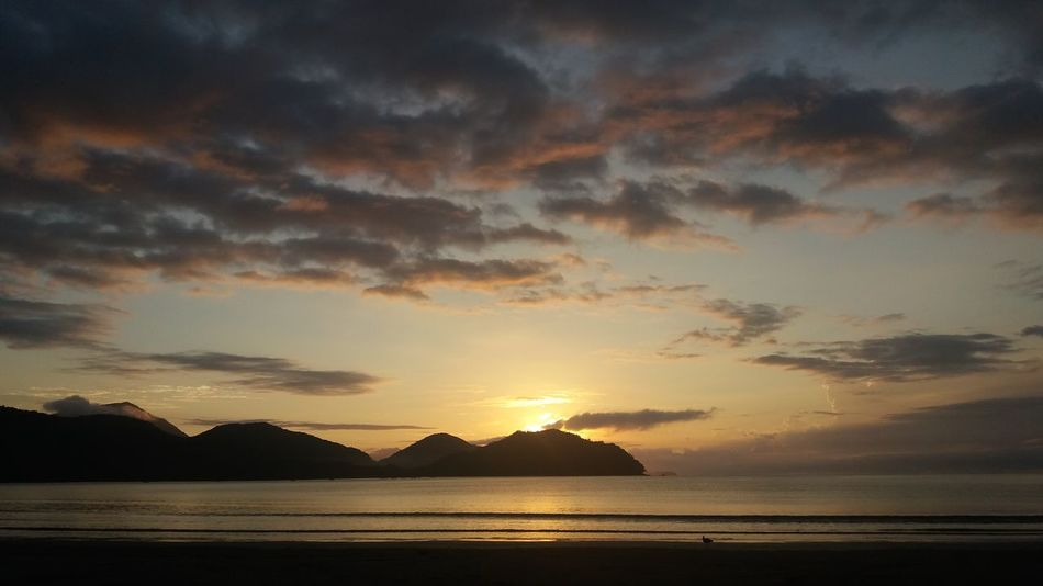 sunrise in Ubatuba Ubatuba - Litoral Norte - SP Ubatuba Montanha Brazil Vale Do Paraíba Serra Do Mar Sea Water Sunset Beach Mountain Summer Dramatic Sky Sunlight Sky Horizon Over Water Seascape Romantic Sky Coastal Feature Coastline Silhouette Calm Atmospheric Mood Ocean Coast