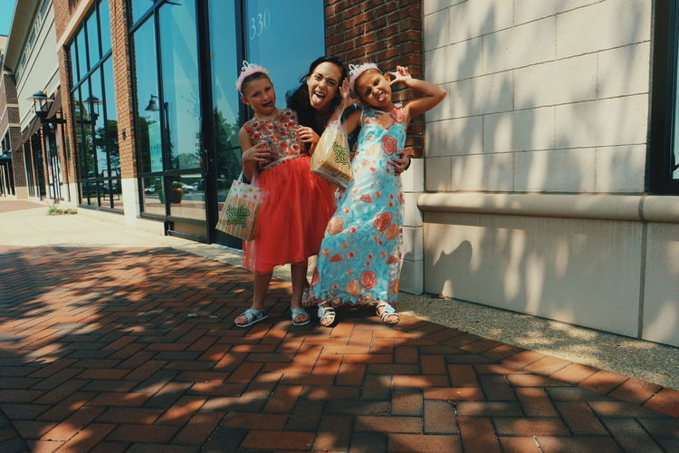 Daughter Family Togetherness Lifestyles Kids Childhood EyeEm Selects Young Women Friendship Smiling City Portrait Women Beautiful Woman Togetherness Full Length Happiness