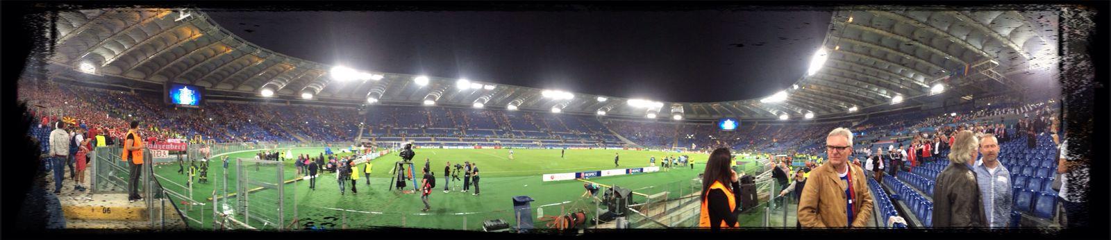Roma Bayern Champions League ⚽️????? Taking Photos ??
