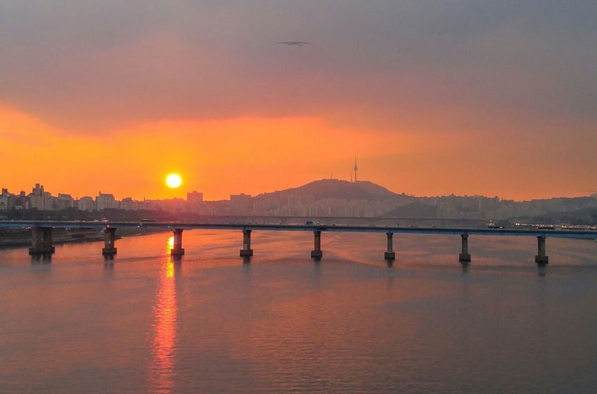 Sensitive Sensitivity Sensitive Photo Seoul Korea Sunset Travel Destinations Reflection Sky Outdoors City Tranquility Cityscape Water Business Finance And Industry Sun Urban Skyline No People Scenics Tree Day