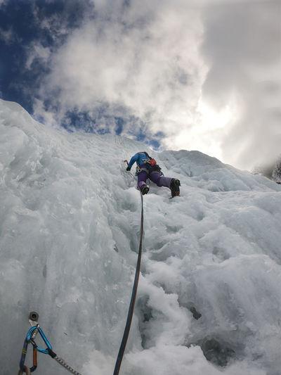 Alpinist woman