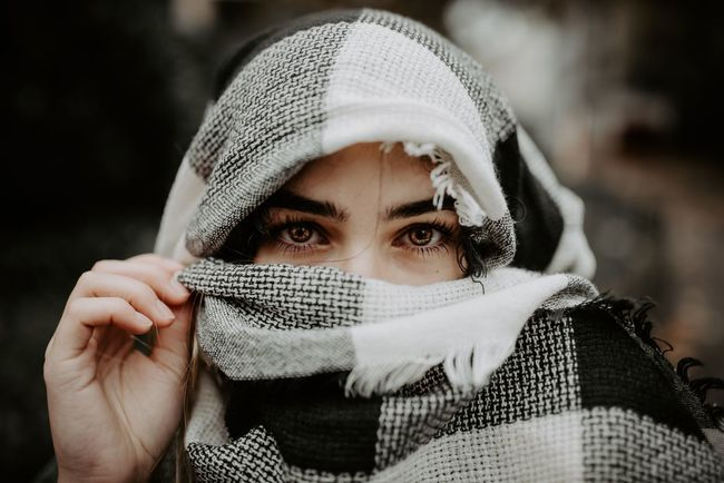Gaze EyeEm Selects One Person Headshot Front View Real People Focus On Foreground Leisure Activity Scarf Looking At Camera Head And Shoulders Lifestyles Young Adult Close-up Portrait Human Face Young Women Outdoors