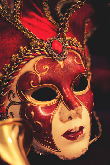 Venetian Mask Bokehlicious Carnival Disguise Golden Red Theater Theater Life Venetian Red Bells Bokeh Bokeh Photography Close-up Indoors  Jester  Mask Museum Red Lips Red Mask Red Velvet Satin Theatre Theatre Arts Velvet Venetian Mask
