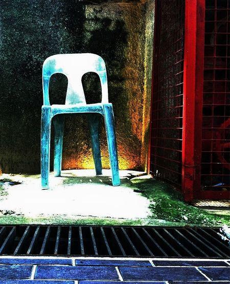Chair Desolate