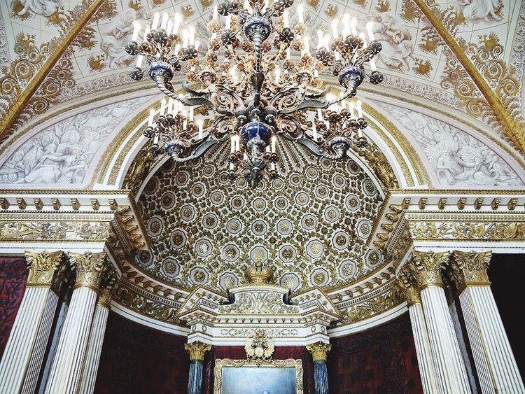Ceiling Indoors  Chandelier Low Angle View Religion No People Architecture Decorative Art Day Fresco Architecture And Art Horizontal St.petersburg Russia Baroque Style Building Exterior Built Structure Hermitage Chandalier Trustme Travel Destinations Timeislife