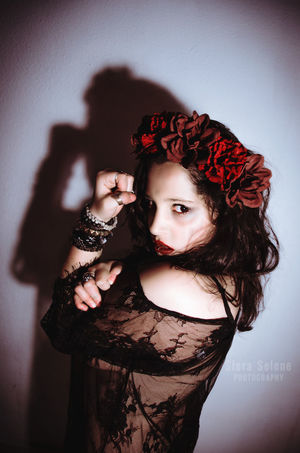 Beauty Flower Long Hair Nikon Nikon D5100  Nikonphotography Selfportrate Super WeCan Wecandoit Woman Young Women