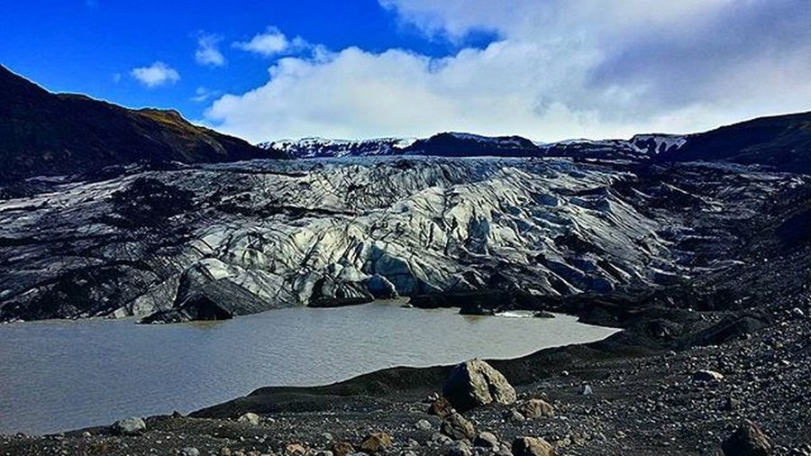 last image of the glacier without zoom. 😊 Iceland Landscape Nature Beautiful Awesome Sky Skyporn Clouds Photooftheday Note3 Photographer Igers Sólheimajökull Ice Cold Amazing Icelandicmountainguides Glacierwalk Glacier