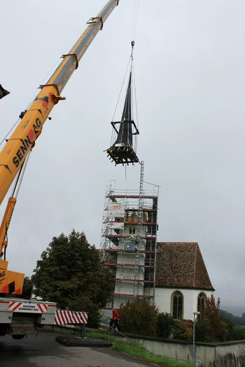 Restauration Kirche Kirchenturm Glockenturm Kirchendach Dach Schweiz Switzerland Mühleberg HJB Church Church Architecture Church Tower
