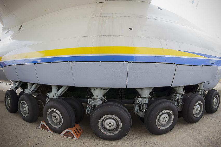ANTONOV-AN225 AirPlane ✈ Antonov Antonov 225 Mriya Airplane Frame It! Wing Air Vehicle Airplane Airplane Wing Airplanes Airplaneview Airport Biggest Cloud - Sky Frame Outdoors Scenics Sky