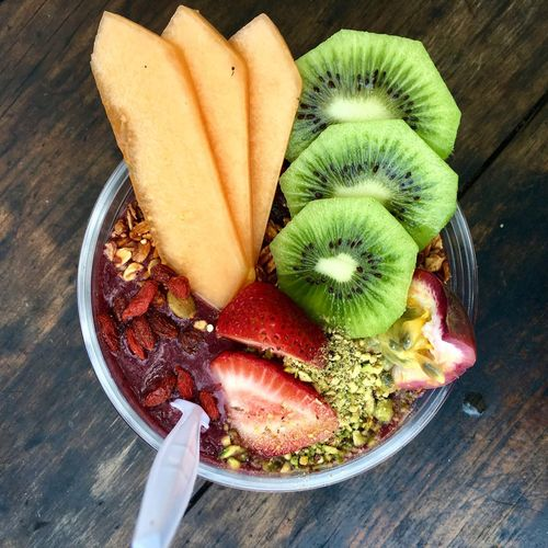 Acai bowl Vegan Food Plant Based Vegetarian Food Fresh And Healthy Healthy Eating Healthy Food Gojiberries Strawberry Cantaloupe Rockmelon Kiwifruit Kiwi - Fruit Kiwi Smoothie Bowl Smoothie Fruit Acai Bowl Açai Food And Drink Food Freshness High Angle View Table Healthy Eating Still Life Wellbeing Ready-to-eat Sweet Food