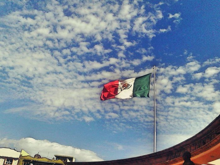 Shot by:Dazzicko Bandera De Mexico