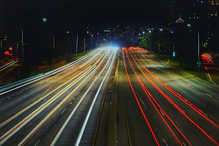 Life In the Fast Lane Chicago Slowshutter Lightstreaks SonyA500 Uptown Chitecture
