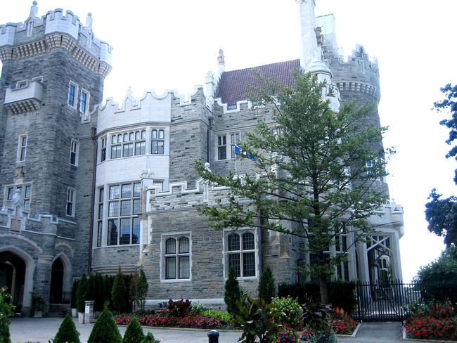 Casa Loma; Canada. Canadian Original Experiences Travel Photography Traveling Architecture Architecture_collection Aristocracy Museum Famous Place Casa Loma Canada Luxurylifestyle  Luxury Home High Life Touristic Destination Place To Visit
