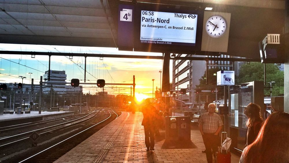 Early morning departure! ROGA Zerozomermissies2016 Thalys The Netherlands Sunrise Train Train Station Rotterdam Centraal