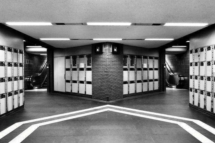 Blackandwhite Symmetrical Urban Geometry Underground Station  Escalators in Bonn