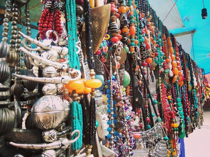 Jewellery Junk Jewelry Necklace Neck Pendant Multi Colored Market Choice Retail  Variation For Sale Store Necklace Market Stall Jewelry Jewellery Ornament Locket Stall Bead Bracelet Jewelry Store Shop Display Fashion Industry Object Pendant Pearl Jewelry Personal Accessory