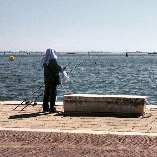 Fisherman in Venice Venezia Regata ARMI repubblichemarinare laguna blue sea igersvenezia