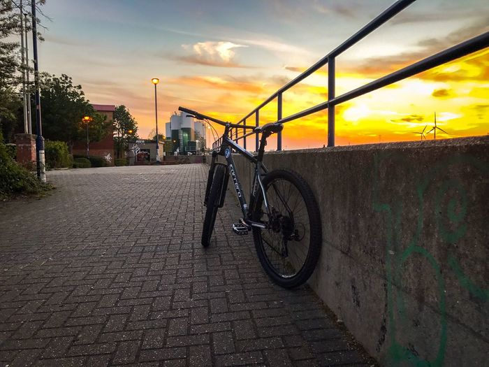 Bicycle Sunset Sky Cloud - Sky Outdoors Land Vehicle City Day No People Transportation Architecture Built Structure Nature Bikes Bikelife Bikelove Bikewheels Carrera Dave Dovydas Life Lifestyles Photography
