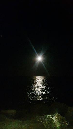 Moonlight Moon Sea Beach Into The Night Night Lights Night Photography Escollera Beach Photography Pleasure Moon Shots Moonphotography