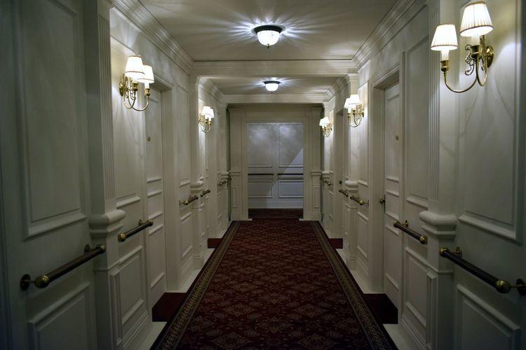 Corridor Indoors  No People Architecture Built Structure Luxury Illuminated Day Titanicmuseum Titanic Museum Titanic Ship Close-up Hall