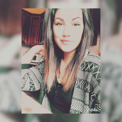 •Spero in un po di fortuna, che si accontenti di un bacio e di una canna perché io non c'ho la luna• 💙 Gemitaiz ♥