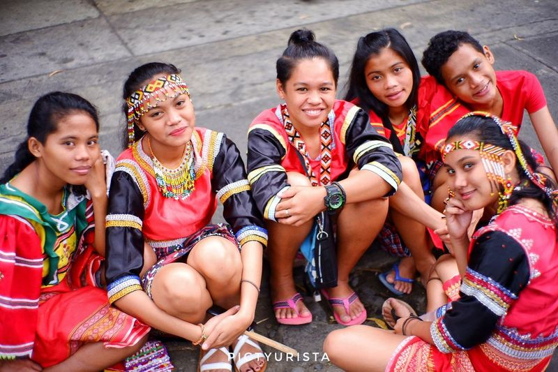 """Grupo"" A group picture of Lumads waiting for the parade to start, taken last August 19, 2018 in celebration of Kadayawan sa Davao 2018. EyeEmNewHere Fujifilm XT100 7artisans Randomphotos Composition Hobbyistphotographer Landscapephotography Ndfiltered Philippines Fuji Photographer Newbie Lensculture Streetphotographyworldwide Street_focus_on Streetphotography Streetsleaks Streets_storytelling Streetclassics Streetphotographycommunit Friendship Young Women Portrait Human Hand Sari Sitting City Fashion Model Beautiful People Beauty"