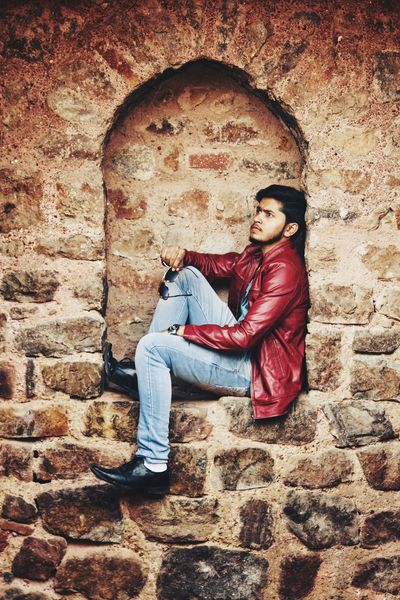 Rahul - Abshine photography Rahul Abshine Abshine_photography Canon Canon1200d Canonphotography Delhi Photography Photographyoftheday Picoftheday One Person Full Length Sitting Real People Childhood Casual Clothing Day Lifestyles Portrait People