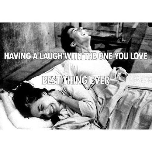 Negdje cujem smijeh tvoj, odmah krene ispod koze Milomoje :)