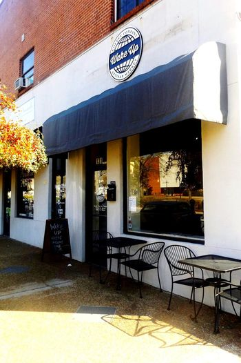 """""""Wake Up coffee shop"""" Under a new name now, but my favorite coffee shop in Auburn, Alabama, right across from the campus of Auburn University. Go Tigers! 😀 Coffee Time Coffee Shop Coffeehouse Campuscorner Street Photo Auburn, Alabama Auburn University AuburnTigers College Town City City Life"""