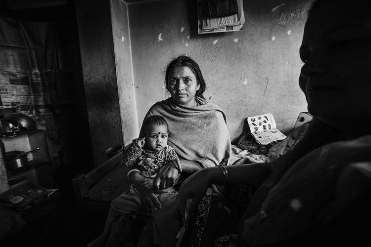 Portrait Love Real People Childhood Mother And Daughter Motherslove Black And White Kathmandu, Nepal EyEmNewHere EyeEm Gallery The Portraitist - 2017 EyeEm Awards The Photojournalist - 2017 EyeEm Awards