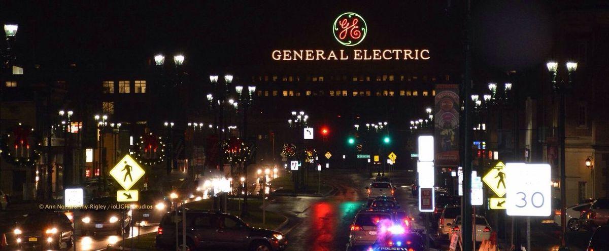 ©Ann Rigley Night Lights IoLIGHTstudios  Schenectady, NY General Electric Rainy Night Holiday Parade Cityscapes