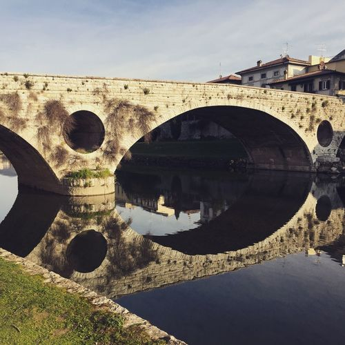 PRATO Beautifulplace Tuscany Prato Bisenzio Built Structure Architecture Day Building Exterior No People Nature Sunlight Sky History The Past Water Circle Arch Outdoors Land Old Cloud - Sky Arch Bridge