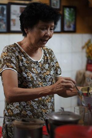Coffee Time Vietnam Vietnamese Cute Identity Nosleep  Oldculture Racketcoffee Saigonese Vietnam Trip Vietnamculture Vietnamtravel EyeEmNewHere