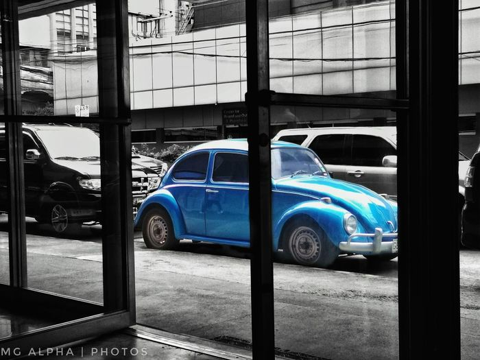 The Week On EyeEm i dont have a car.. but i like that Volkswagen in the parkingspace Car Mobilephotography Blue Colorpop