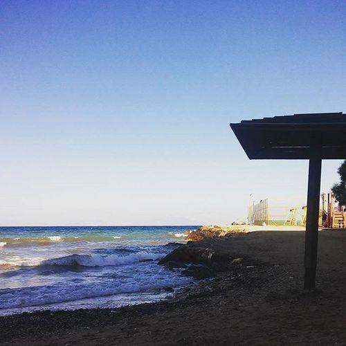 Do you wanna play for love? 💕 Sea Beach Sky Littlewaves Umbrella Summer Landscape Shadow ✧