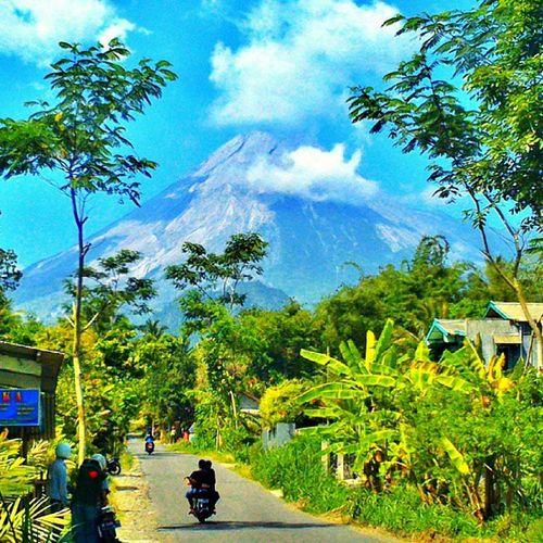 Si indah yang pernah murka Merapi Mount Jogja View Nature