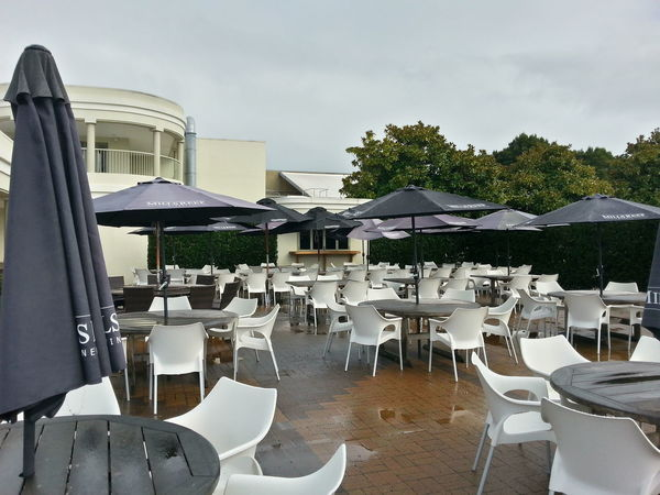 Nice outdoor setting for lunch, or a eedding. Wedding Venue New Zealand Architecture