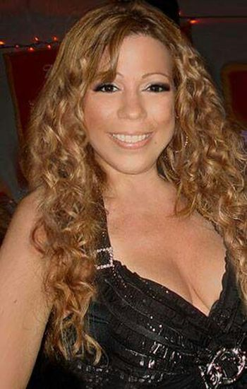 Taking Photos Check This Out That's Me Curly Hair💜 Image LookAlikes MariahCarey Mariah Lookalike Talent Impersonator Mclookalike Check This Out curly