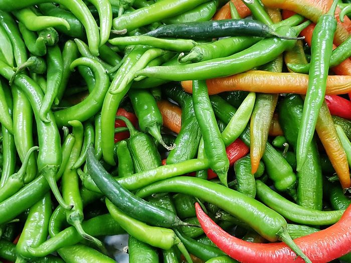 Chillies Green Chillies Backgrounds Full Frame Vegetable Close-up Green Color Green Chili Pepper Chili Pepper Market Stall Chili  Display