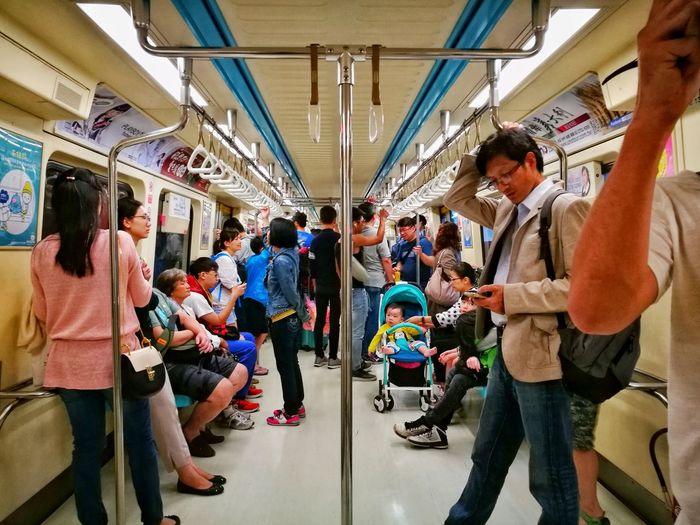 Large Group Of People Travel Women Men Transportation Subway Train Passenger Crowd Eye4photography  Taipei Tourism Landscape EyeEm Best Shots - Landscape EyeEm Gallery EyeEm Best Shots Taiwan EyeEm Enjoying Life