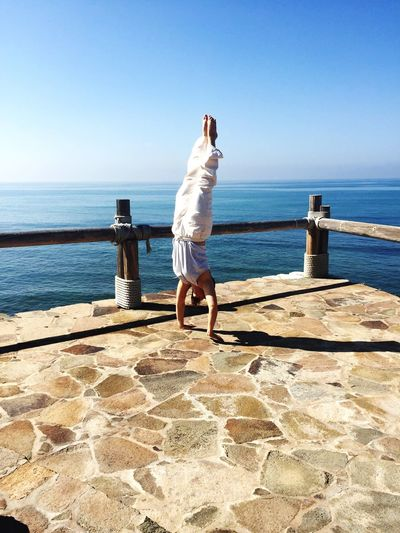 Handstand  Sanoviv Ocean View Beautiful Day Beautiful Feeling Good Thankful Ocean Baja California Bajacalifornia Mexico Coast Mexico Photography In Motion Alternative Fitness